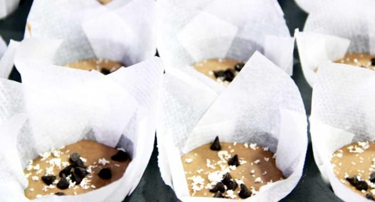 muffins veganos de chocolate y coco
