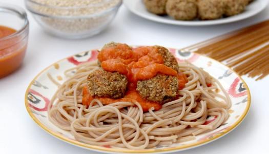 Albóndigas de quinoa con espaguetis integrales