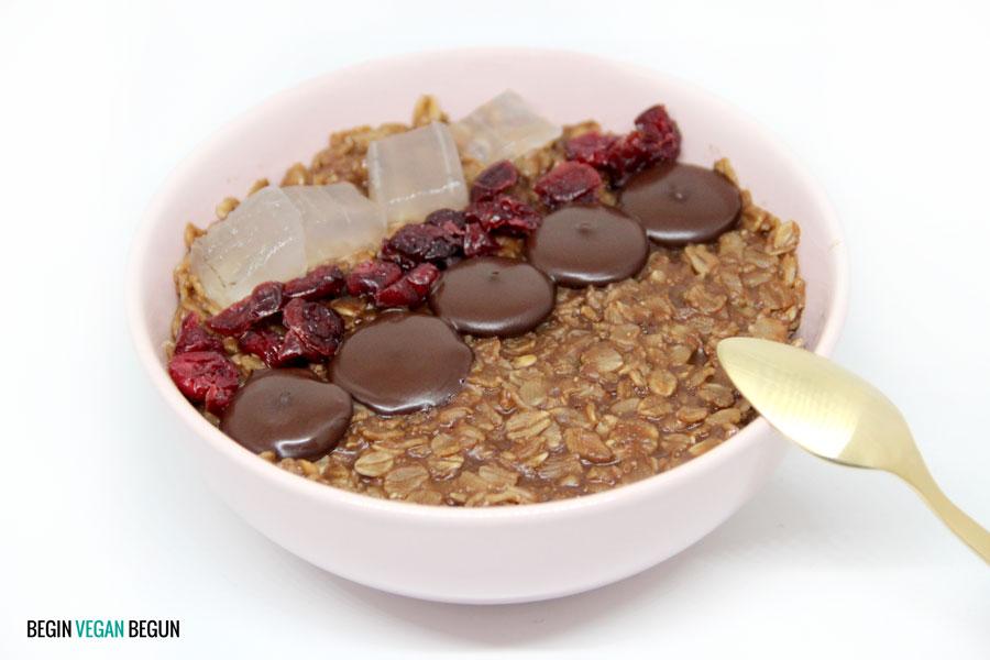 porridge de chocolate con aloe y arándanos